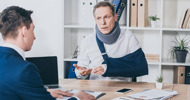 HOW TO HIRE A PERSONAL INJURY LAWYER?
